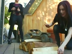 Poisonous neighbor chicks Aiden Ashley together with Ash Hollywood love to make believe with boys toys