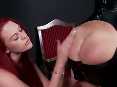 When two of DDFs most outstanding boob babes acquire pile up for an eventide of talisman fun, you can foresee some primo, Hawkshaw stiffening action! Diverting redhead Paige delivers the goodies.