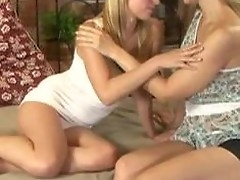 Sexy Lesbians Brute Kissing